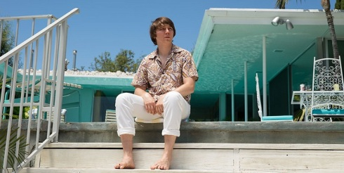 love-and-mercy-paul-dano-by-the-pool
